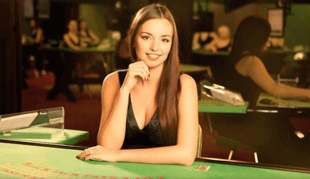 Live Blackjack mit PayPal: Online spielen